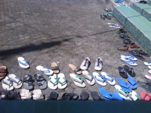 Flip-flops in front of the mosque